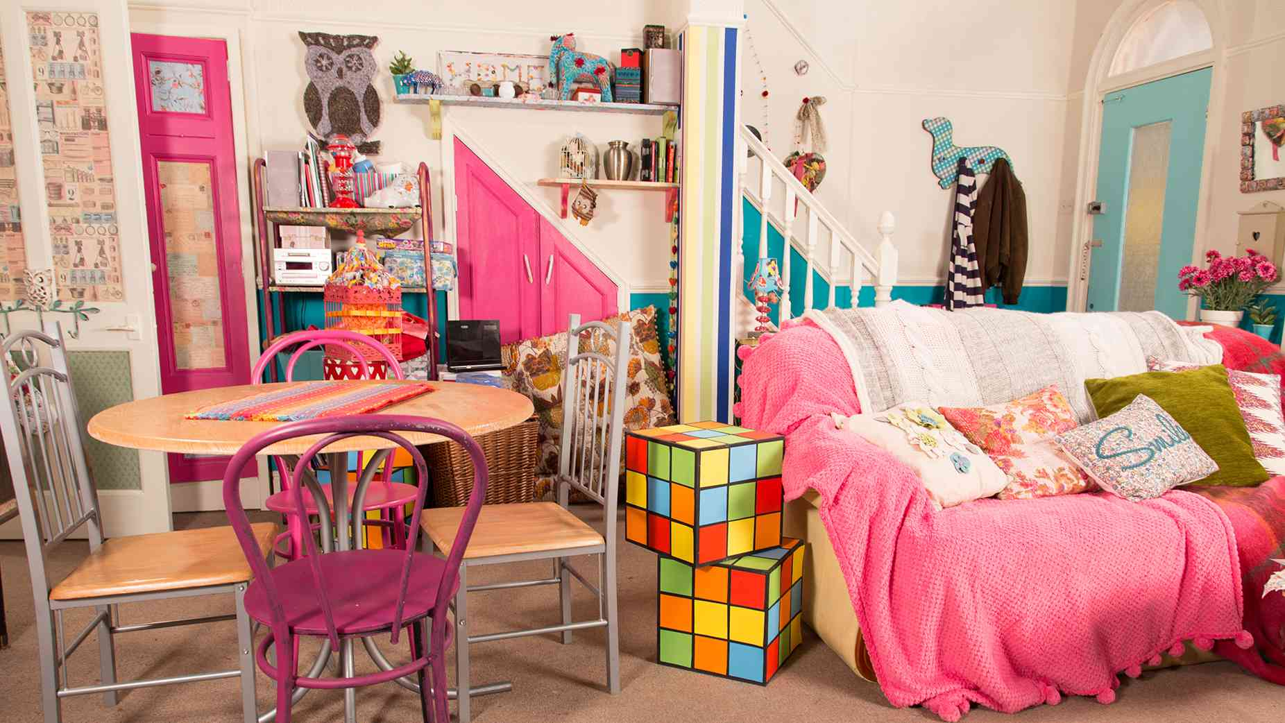 Chesney's mismatched home in Coronation Street