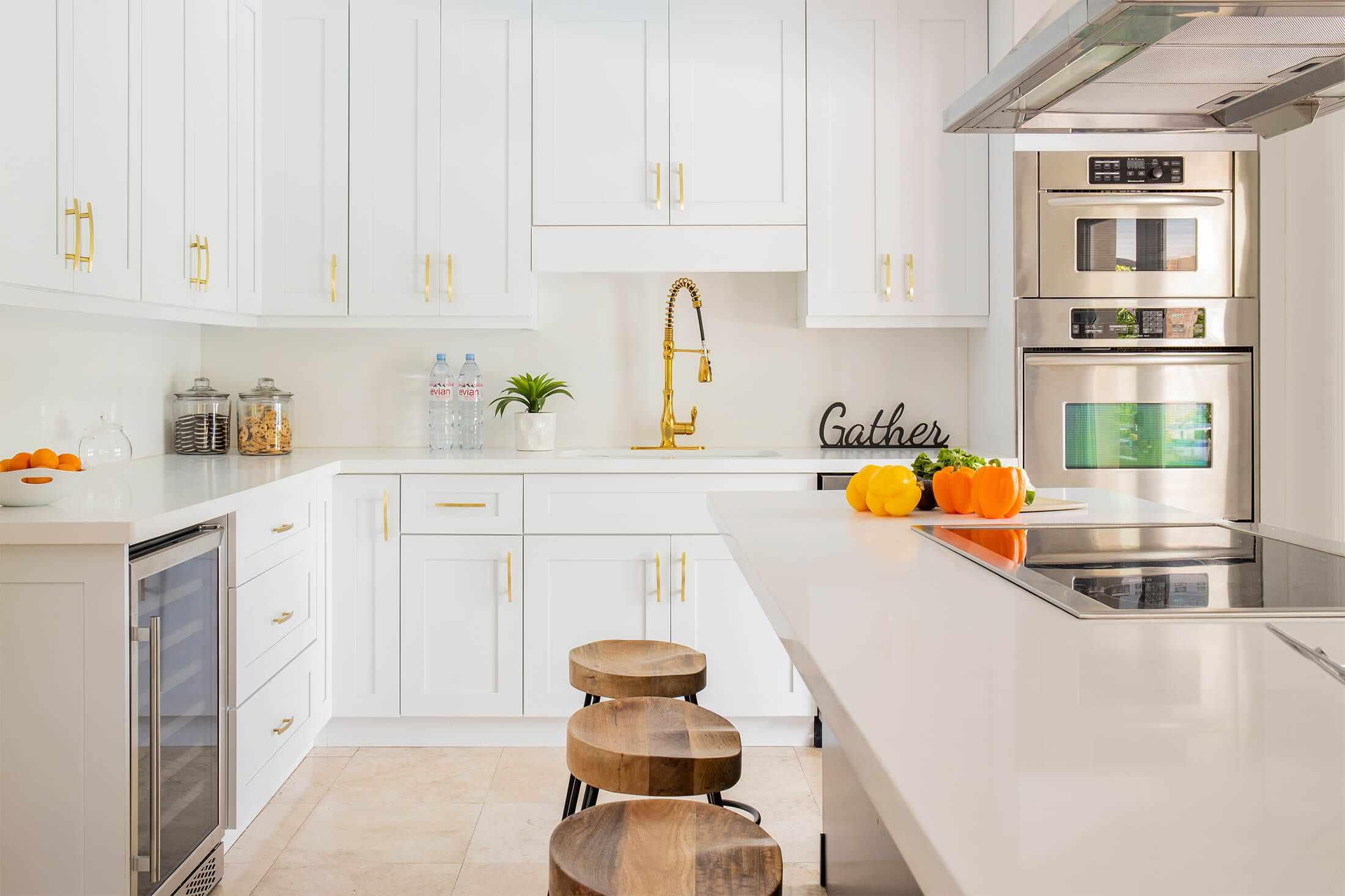 White kitchen laminate countertops