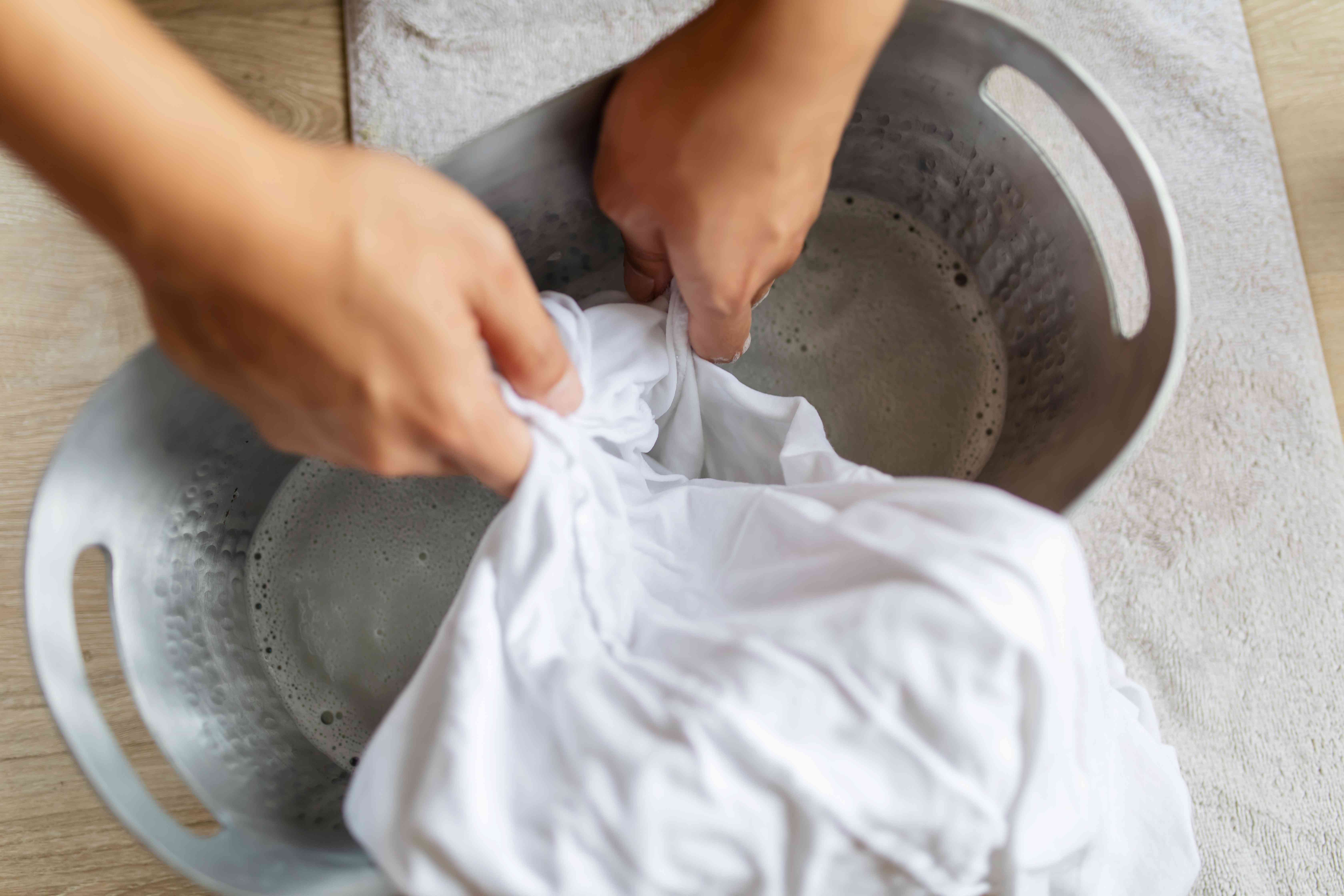 using hydrogen peroxide to lift stains