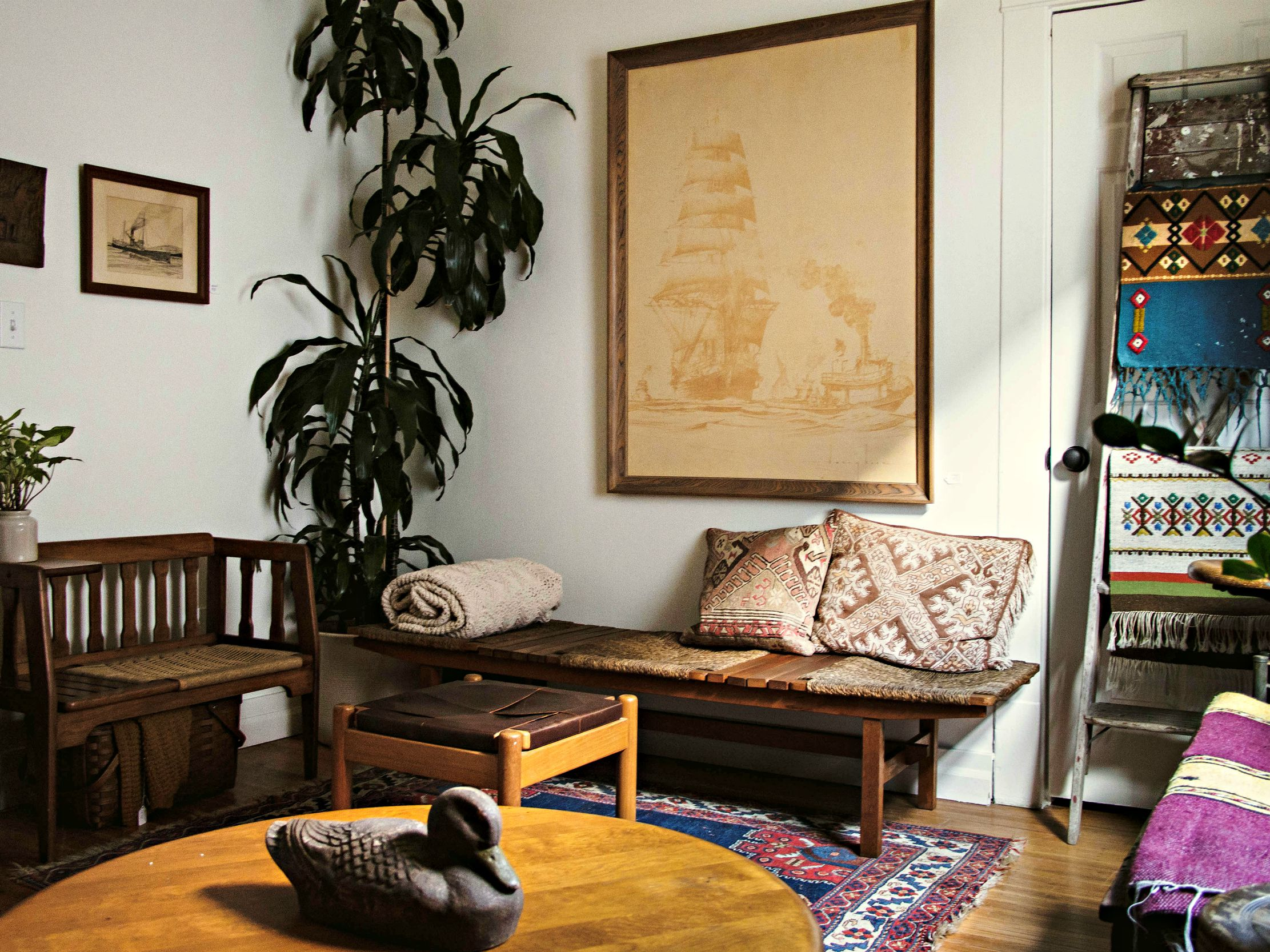 Tips For Mixing Wood Finishes In Your
