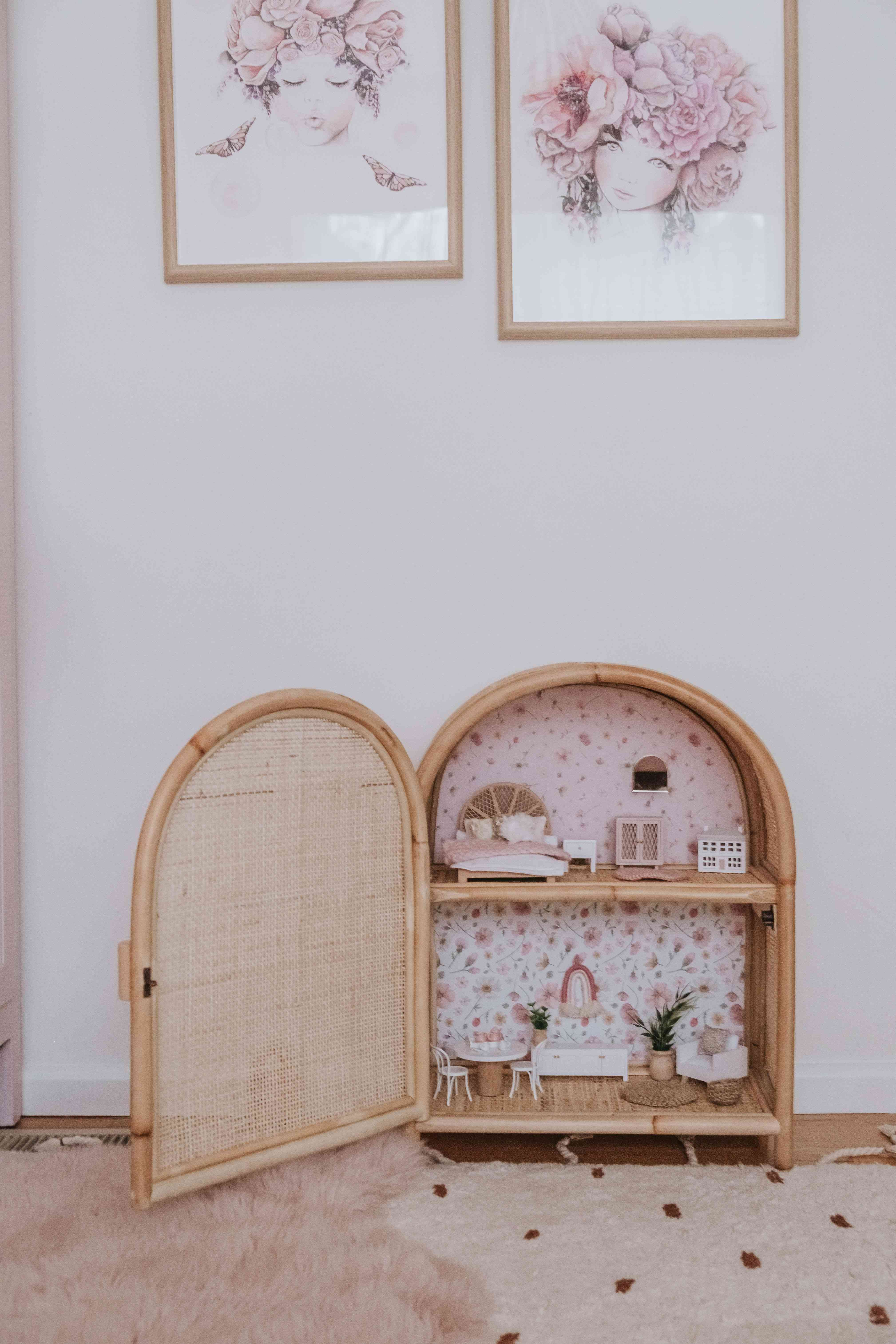 dollhouse with wallpaper