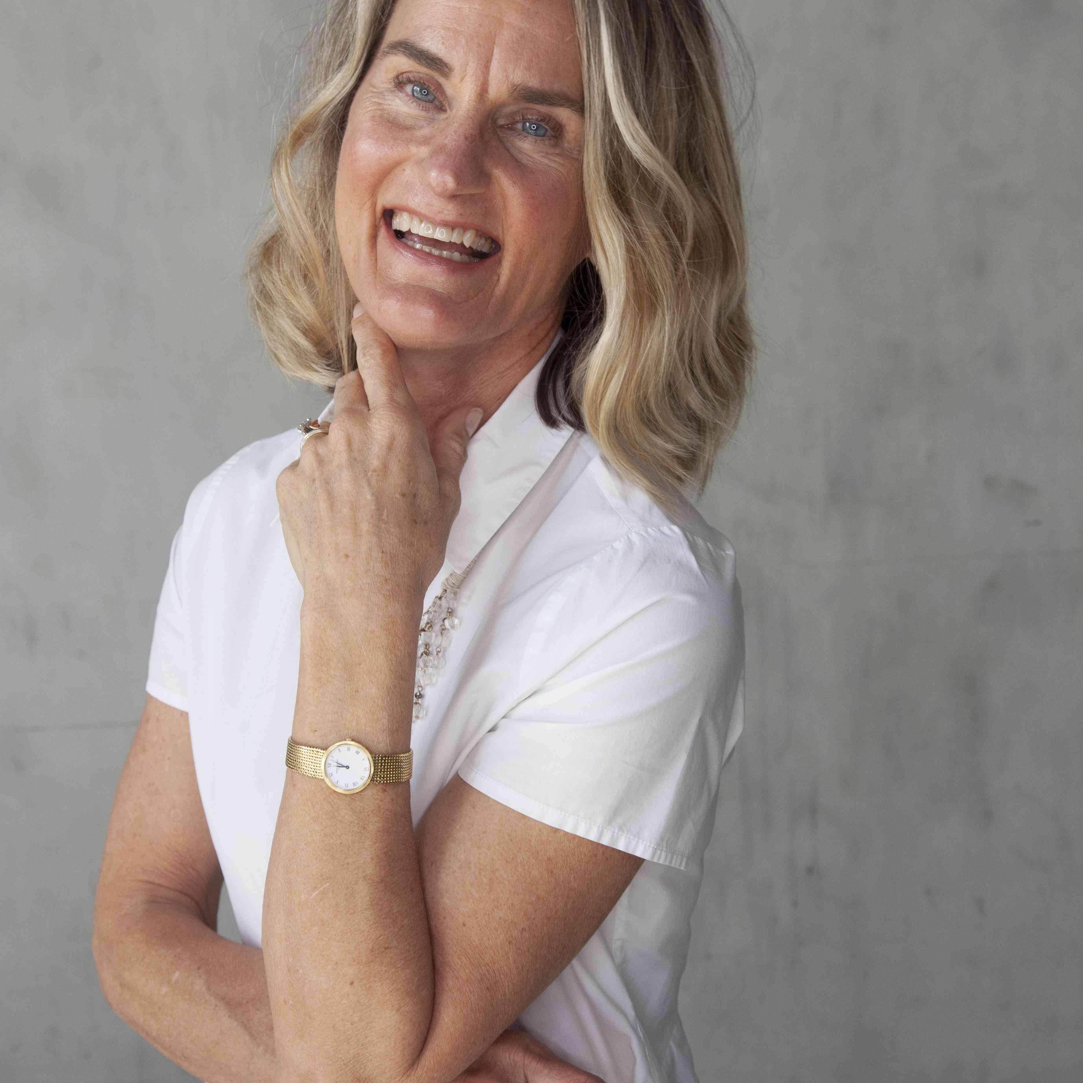 portrait of Lisa Queen
