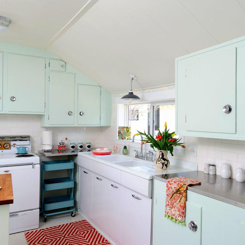 12 Stunning Midcentury Modern Kitchen Ideas