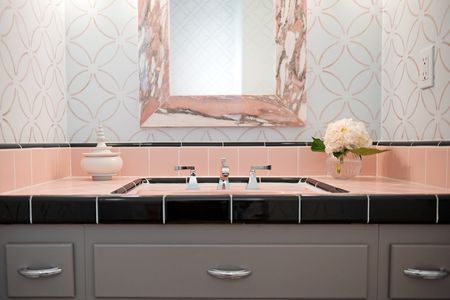 How to Decorate Your Pink Bathroom