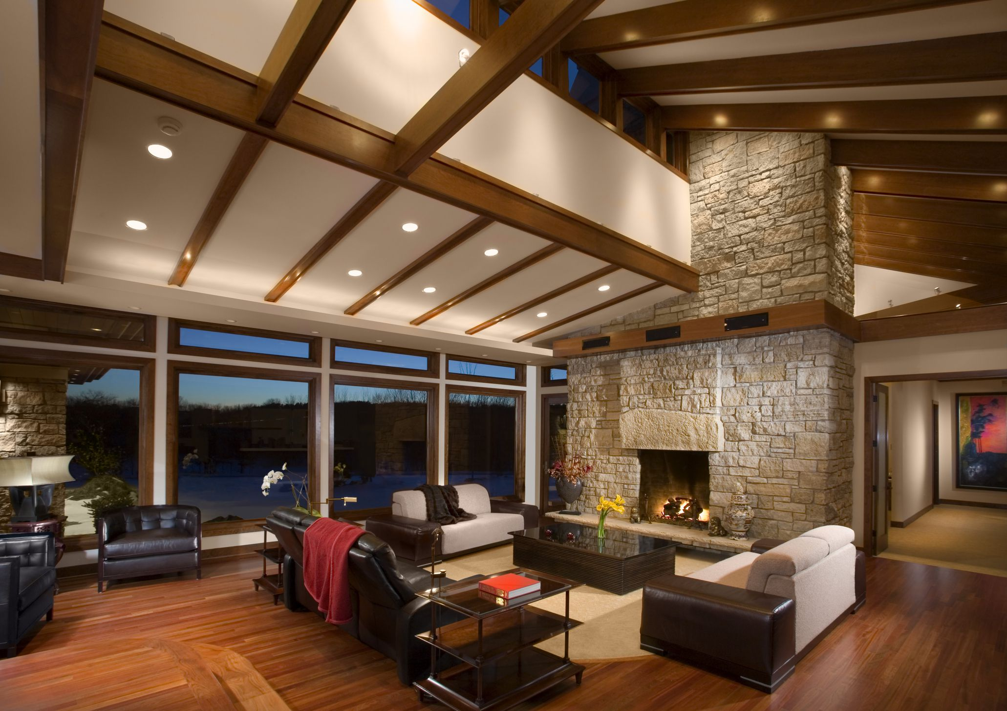Vaulted ceilings pros and cons myths and truths for The living room drop in center
