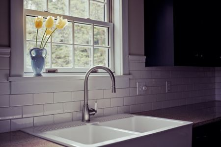 Solid-Surface Sinks: Styles for Your Kitchen