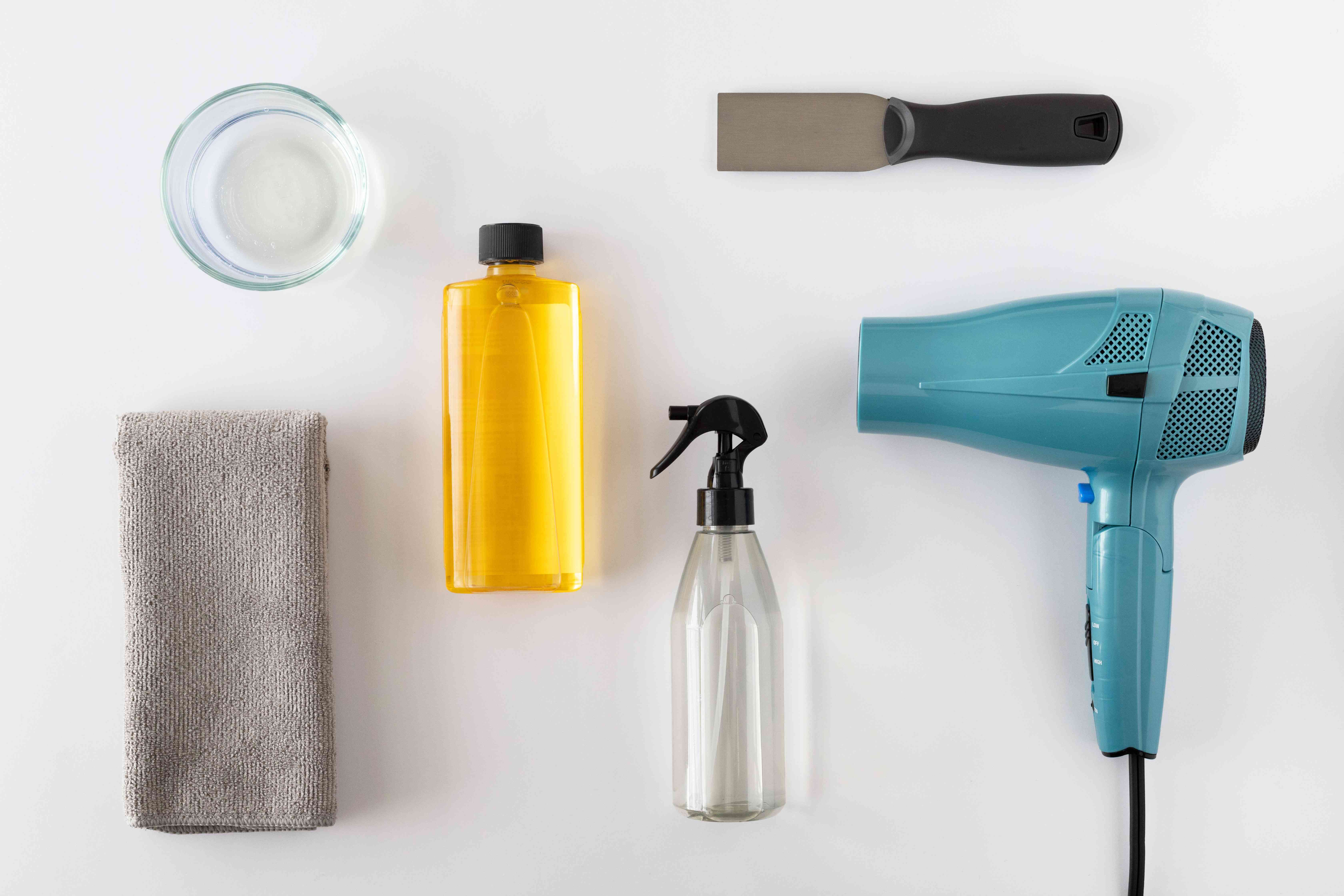 items for removing shelf liner