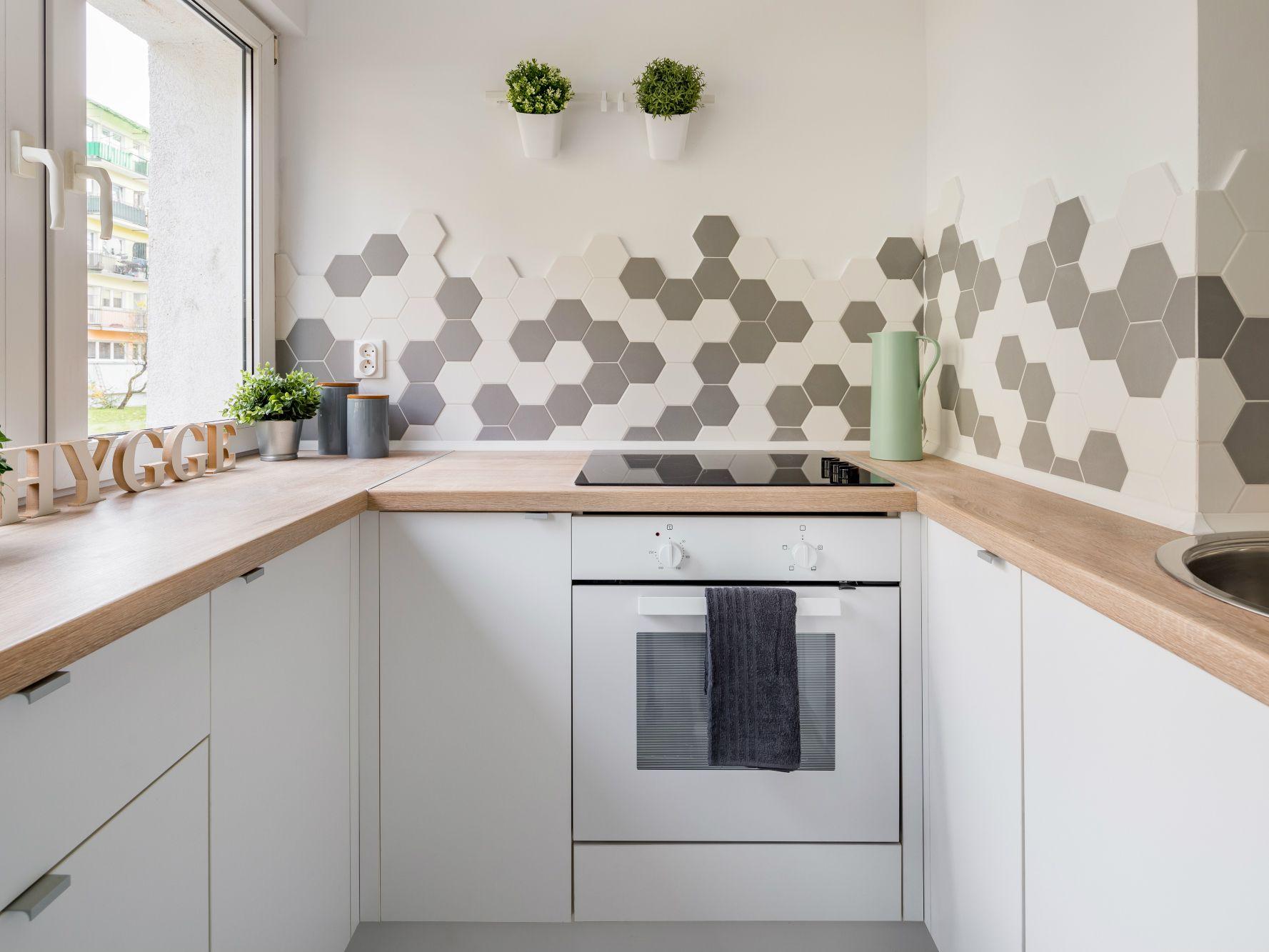 - 20 Unique Kitchen Backsplashes That Aren't Subway Tile