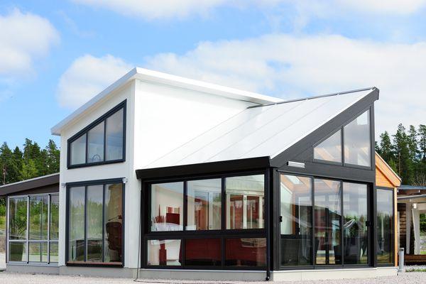 Modern Scandinavian-style villa
