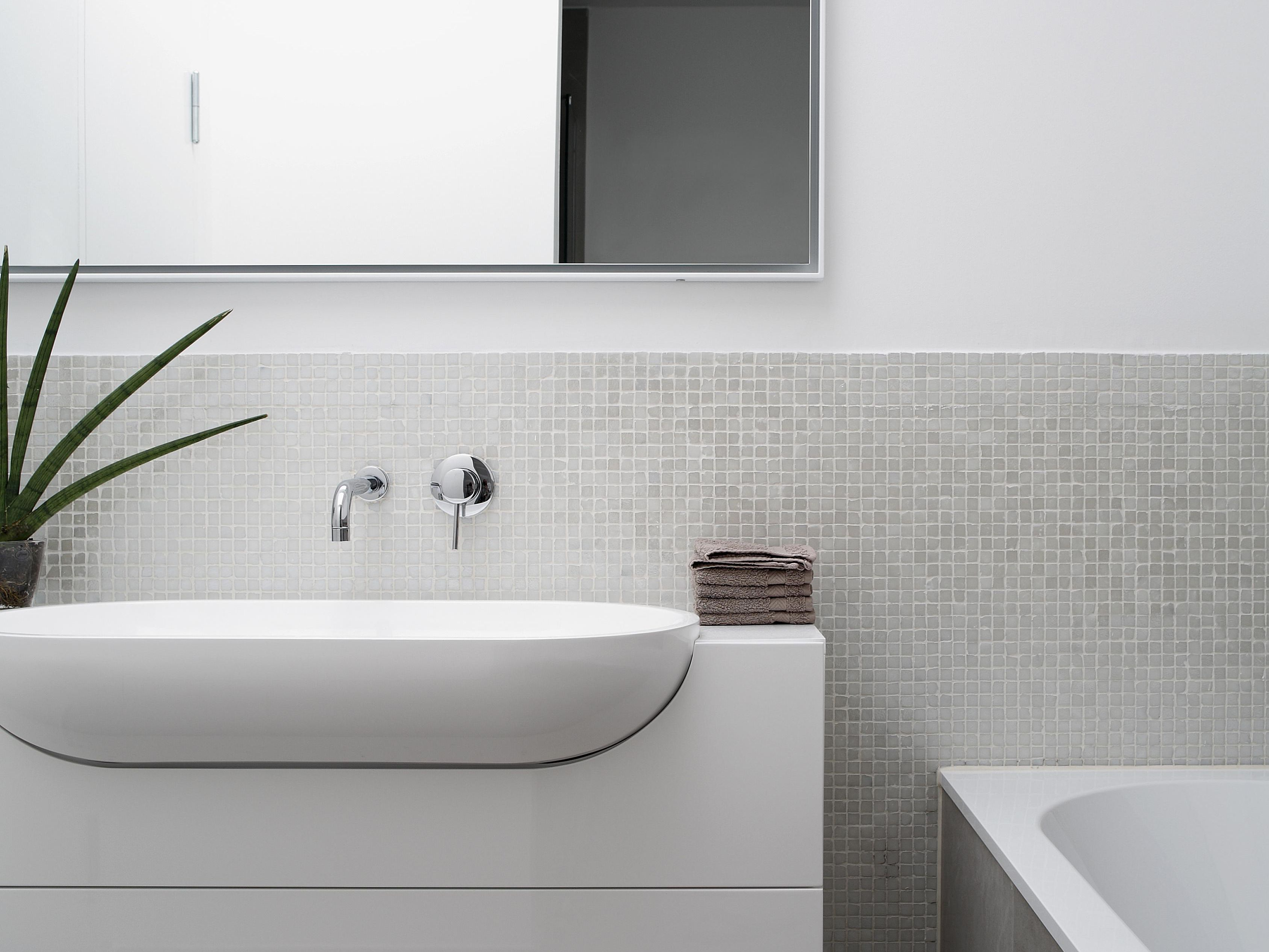 5 Easy Ways To Cut Your Bathroom Renovation Costs