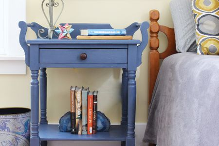 How To Paint An End Table With Chalk Paint