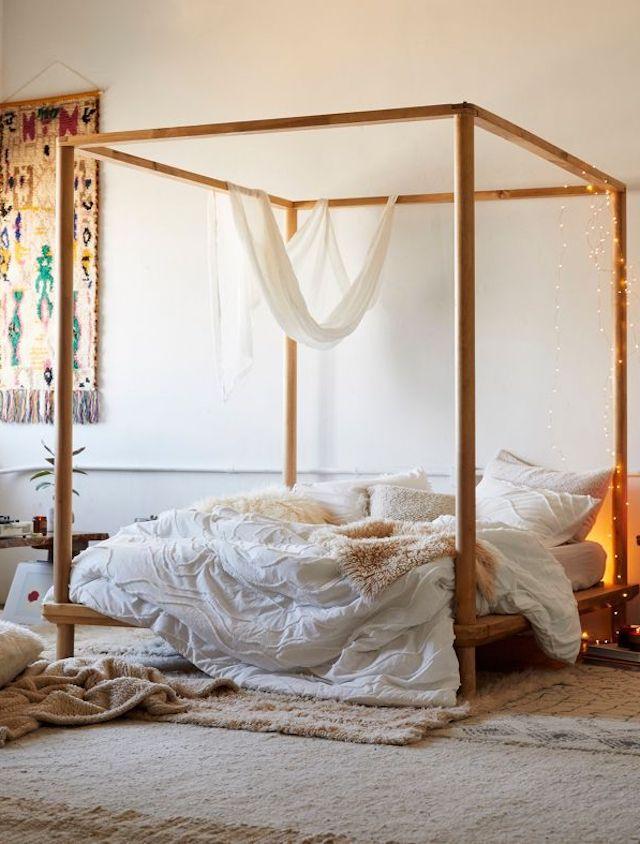 Margot Tufted Comforter