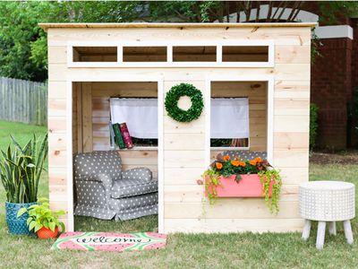 kid's playhouse