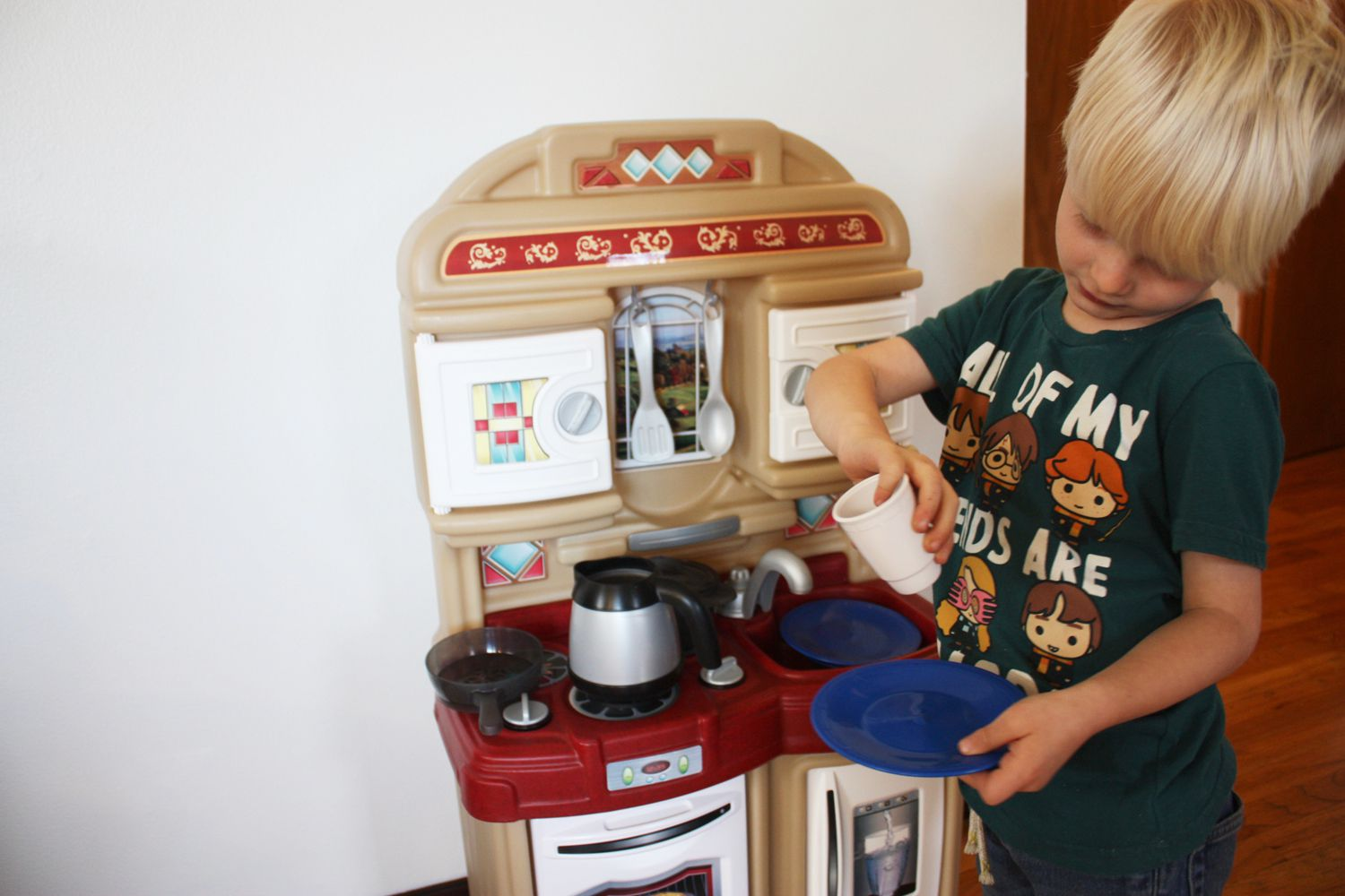 Step2 Cozy Kitchen Review Made For Small Playrooms