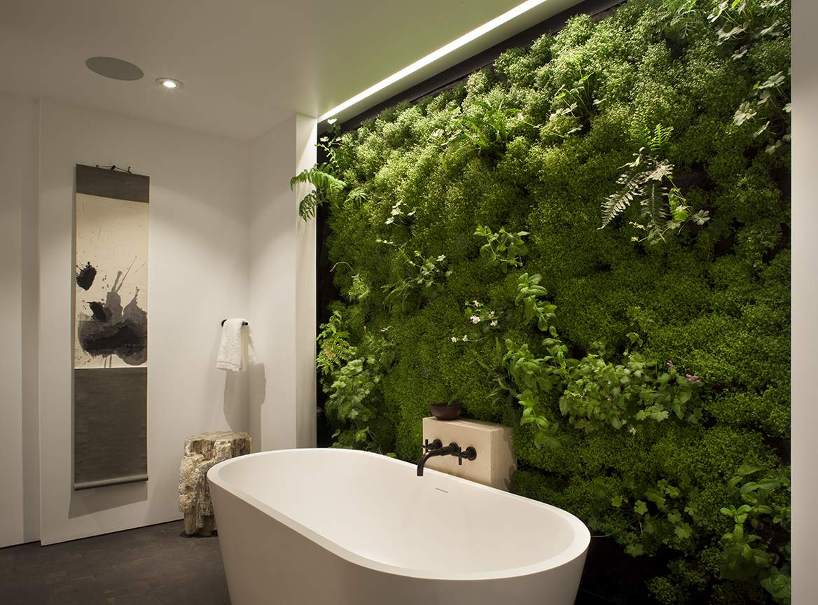 17 Beautiful Moss Wall Ideas For Your Home