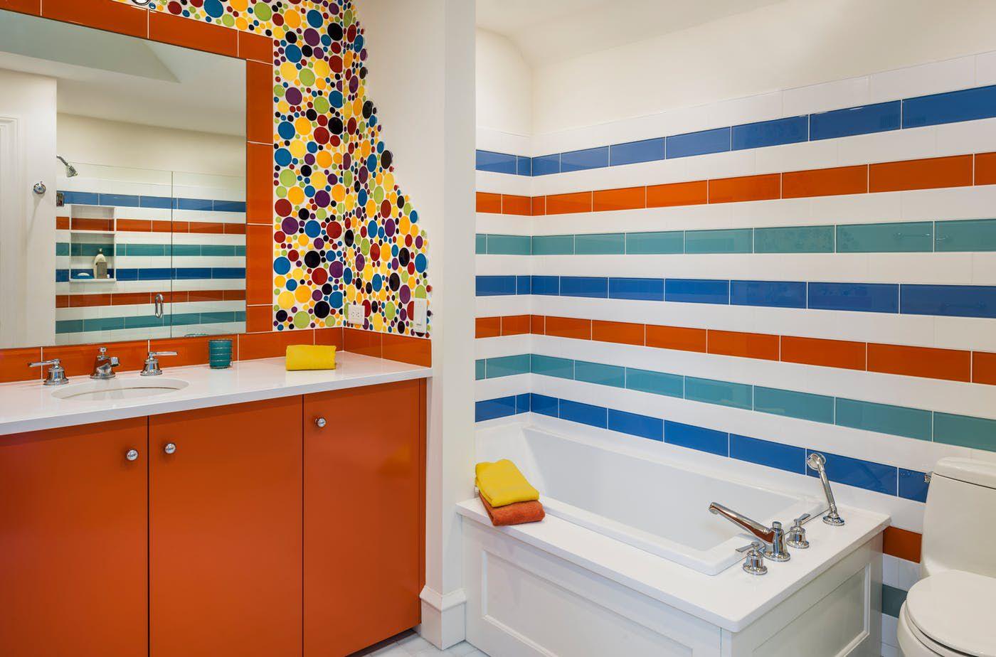 baño colorido para adolescentes