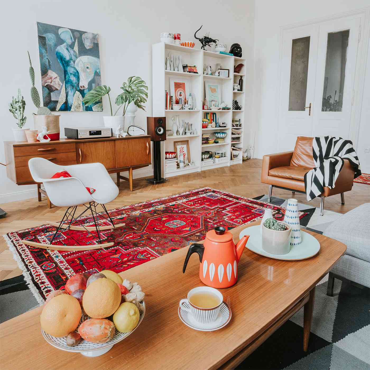 5 Ways to Add Retro Style to Your Decor