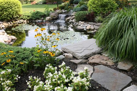How To Build A Garden Pond Using Retaining Wall Blocks