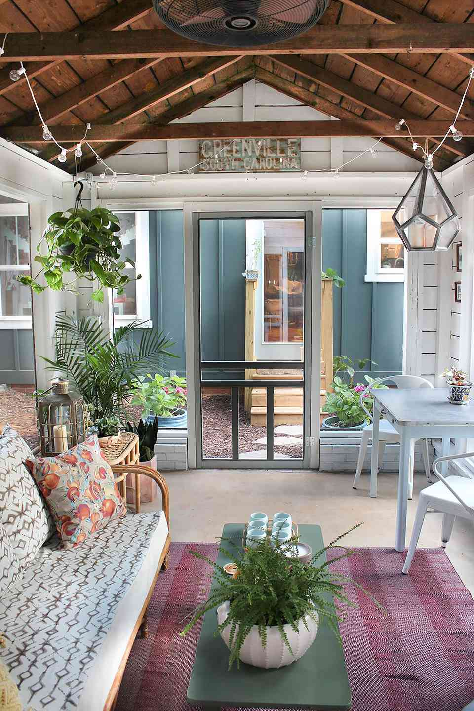 Strange 16 Sunroom Decor Ideas To Brighten Your Space Caraccident5 Cool Chair Designs And Ideas Caraccident5Info