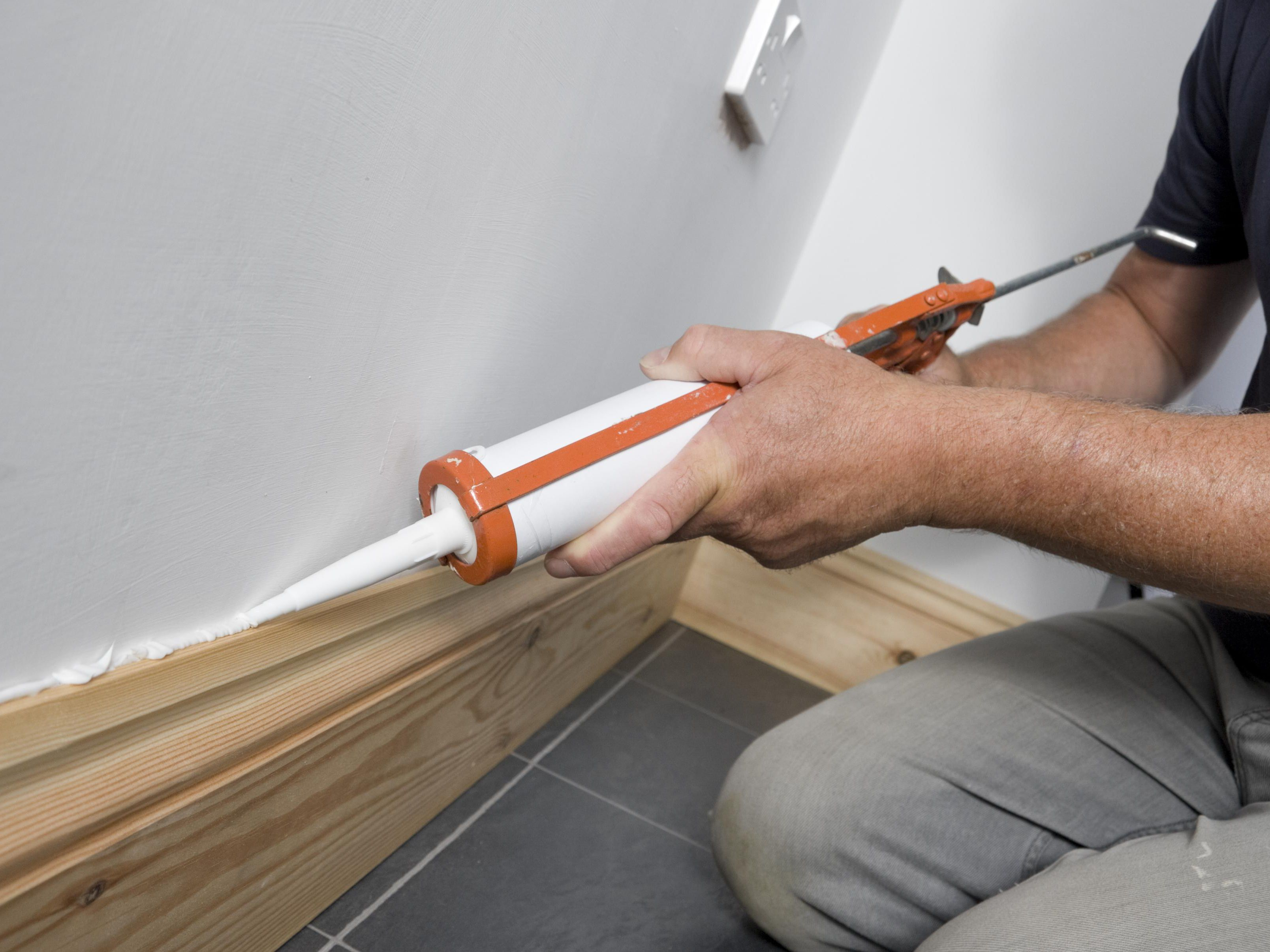 How To Caulk Or Fix Baseboards