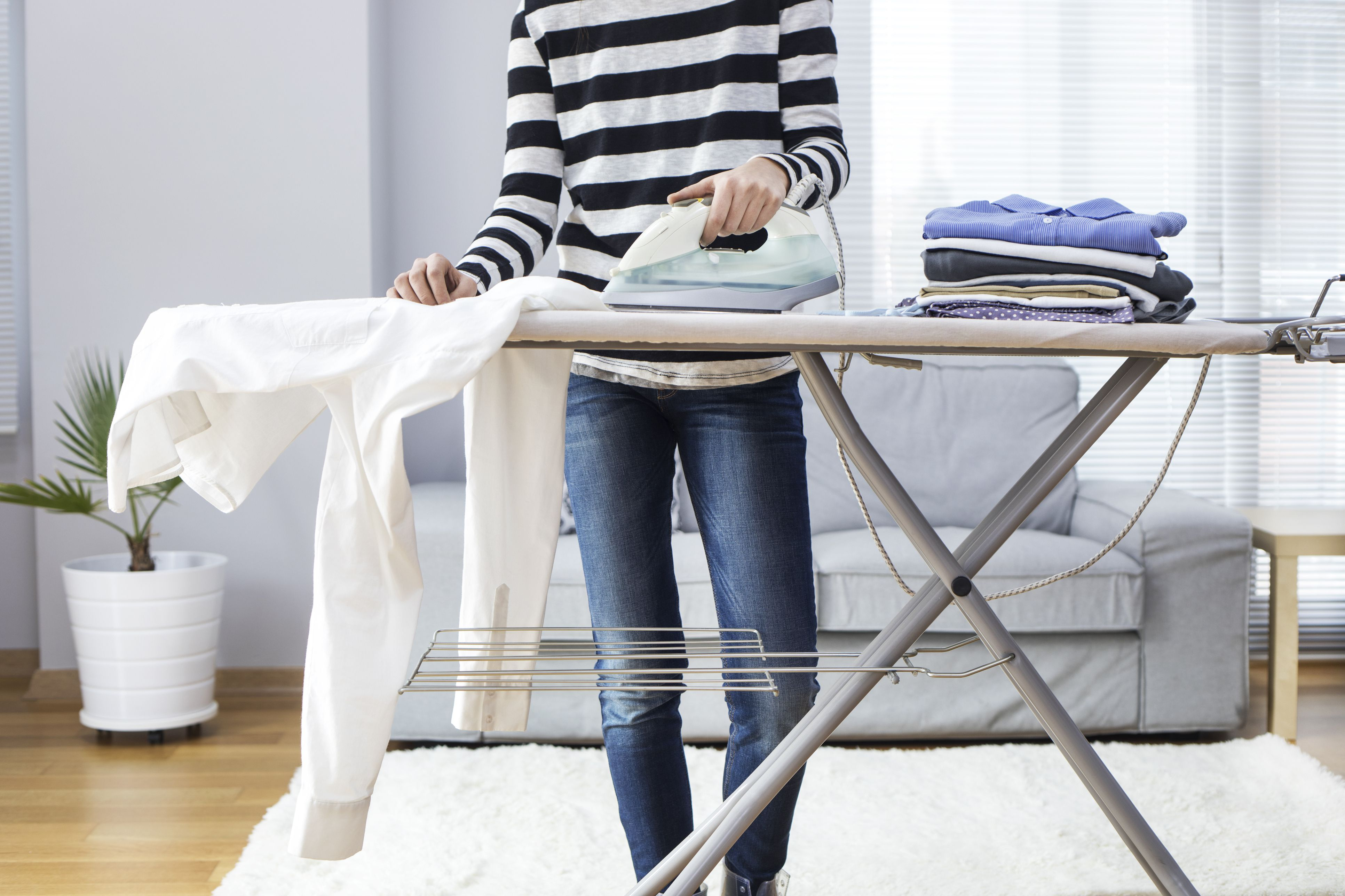 How to iron clothes correctly - How to get exterior paint out of clothes ...