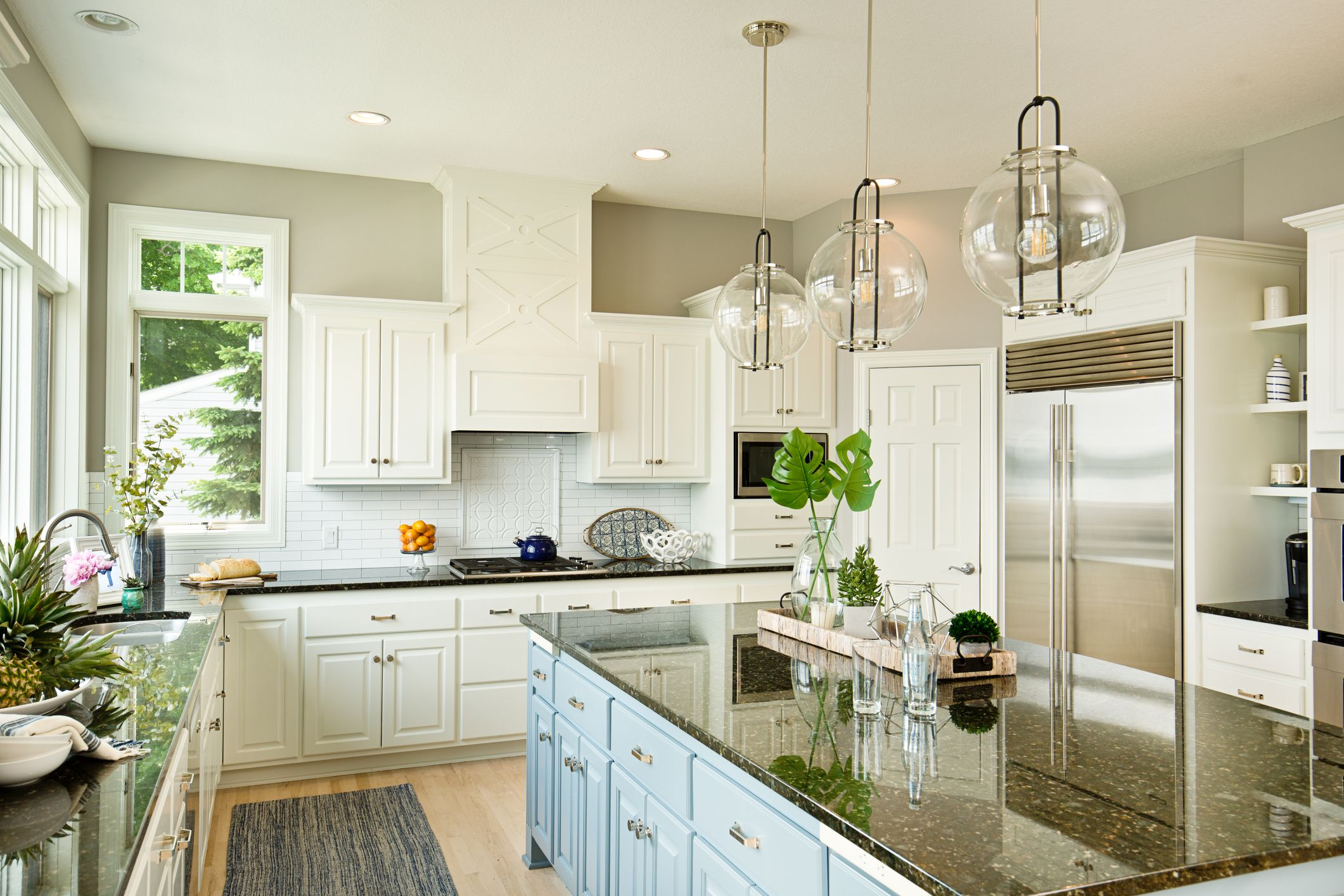 Using 10-by-10-Foot Package Pricing for Your Kitchen