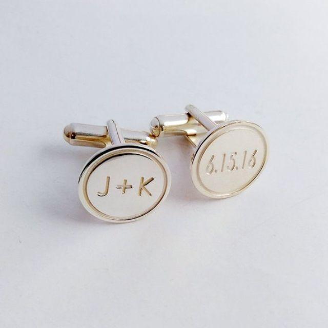 monogrammed-cufflinks