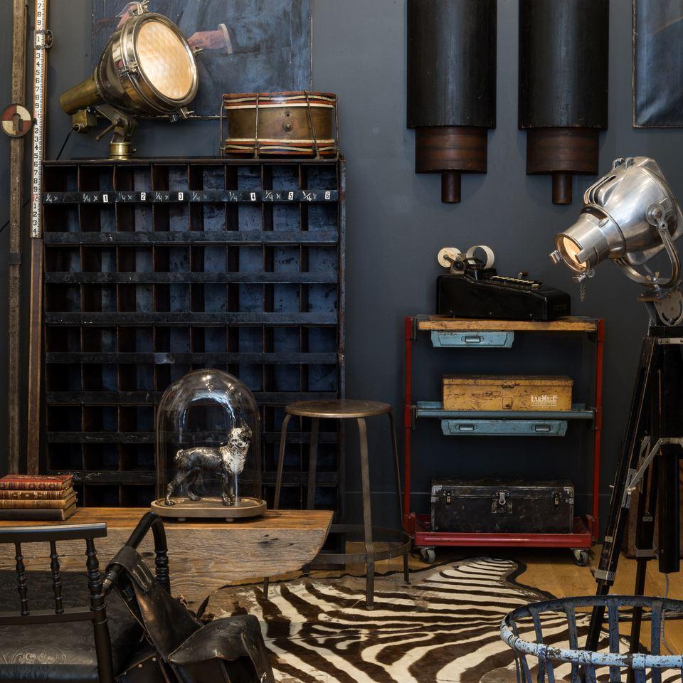 Expert Tips For Buying Vintage & Antique Decor Online