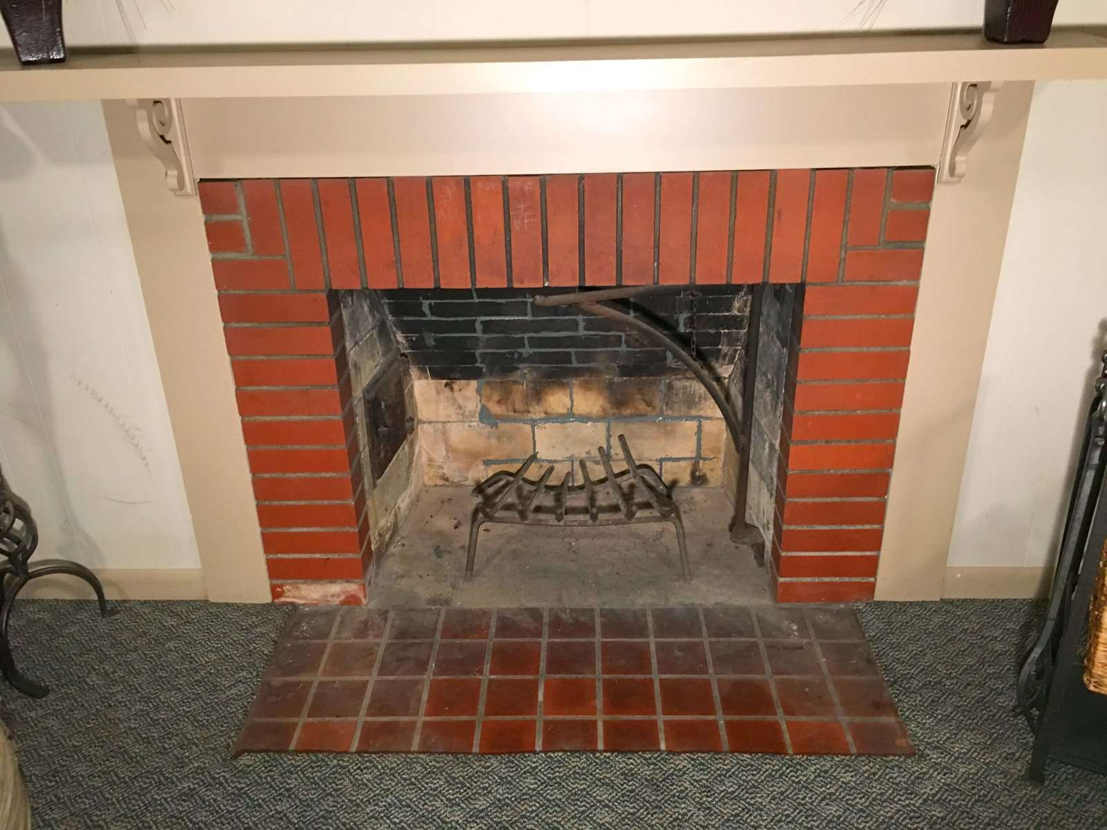 Marvelous How To Fix Mortar Gaps In A Fireplace Fire Box Home Remodeling Inspirations Propsscottssportslandcom