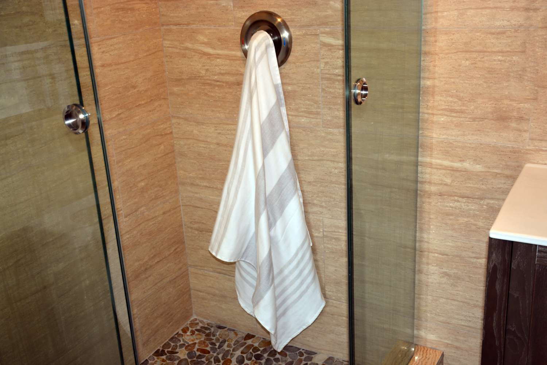 Serena & Lily Fouta Bath Towel