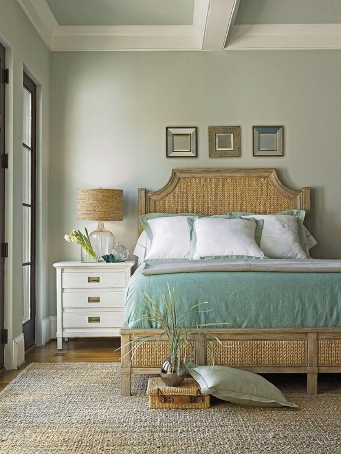 Cool 50 Gorgeous Beach Bedroom Decor Ideas Home Remodeling Inspirations Cosmcuboardxyz