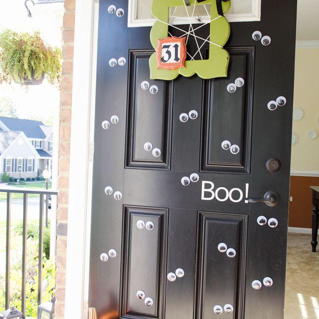 Halloween googly eye door