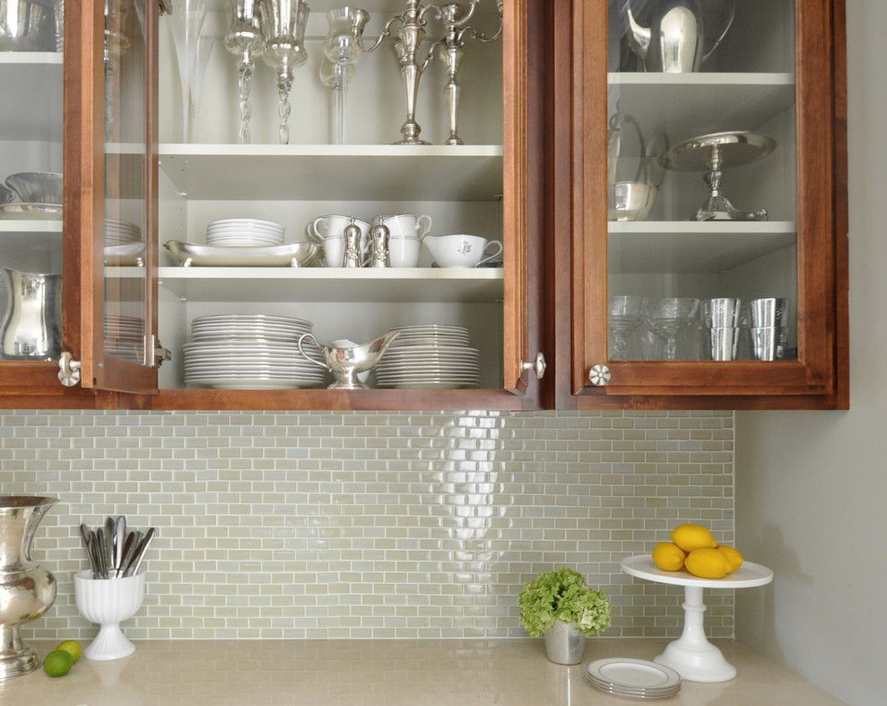 Crema Marfil Marble countertop in kitchen