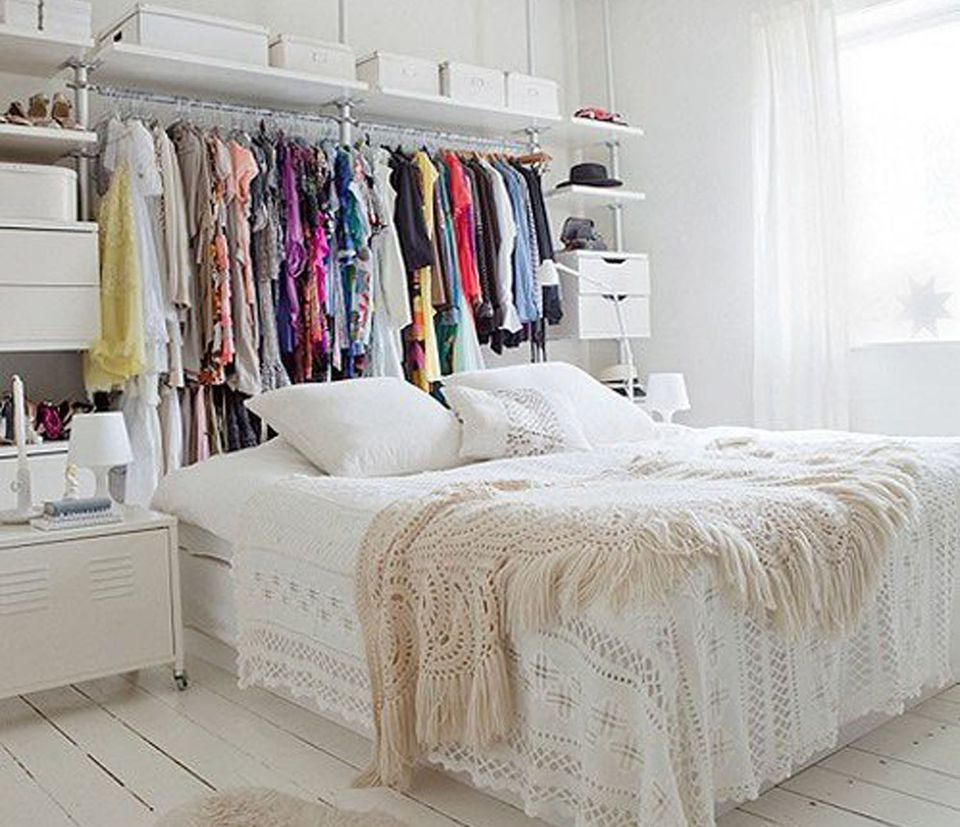 How to store clothes when you don 39 t have a closet - Clothing storage ideas no closet ...
