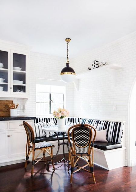 Sensational 14 Breakfast Nook Ideas Thatll Make Your Mornings Cozier Home Interior And Landscaping Ologienasavecom
