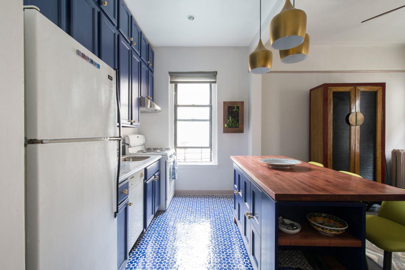 cocina de inspiración marroquí con azulejo marroquí
