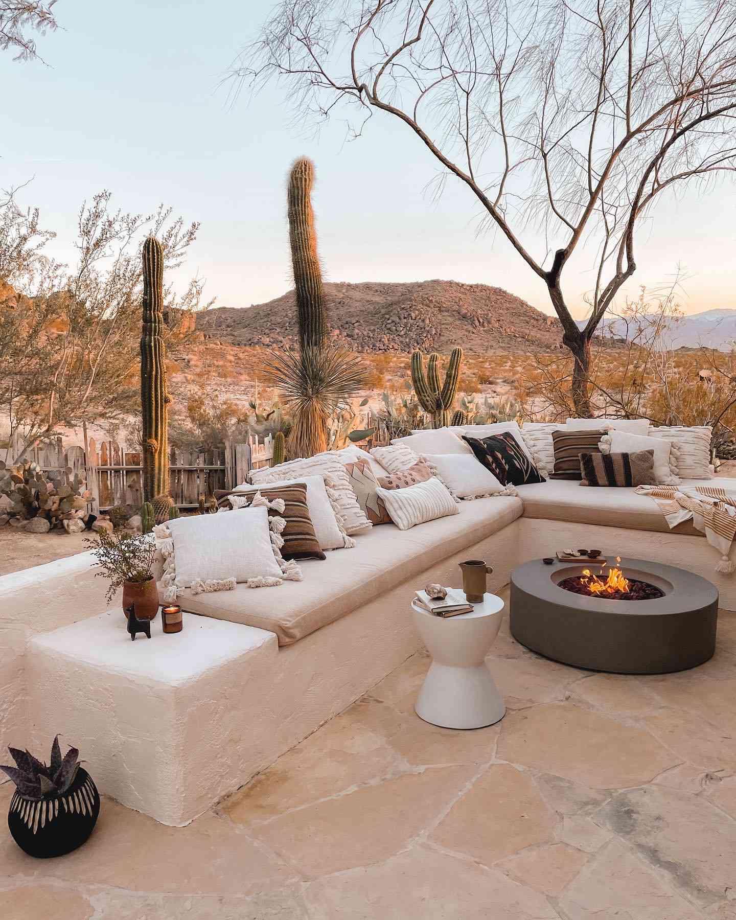 Outdoor Fire Pit, Joshua Tree