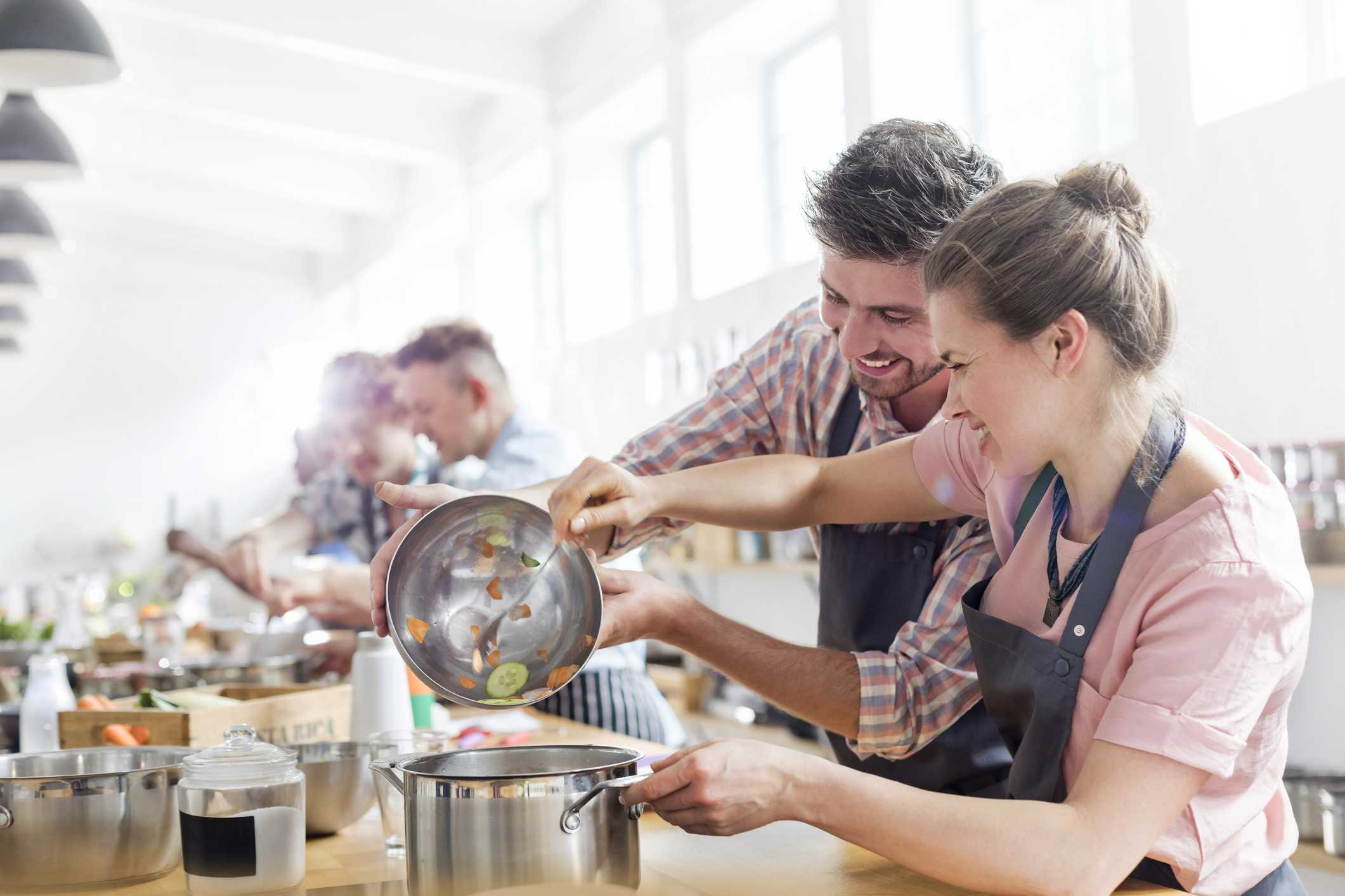 Couple in a cooking class