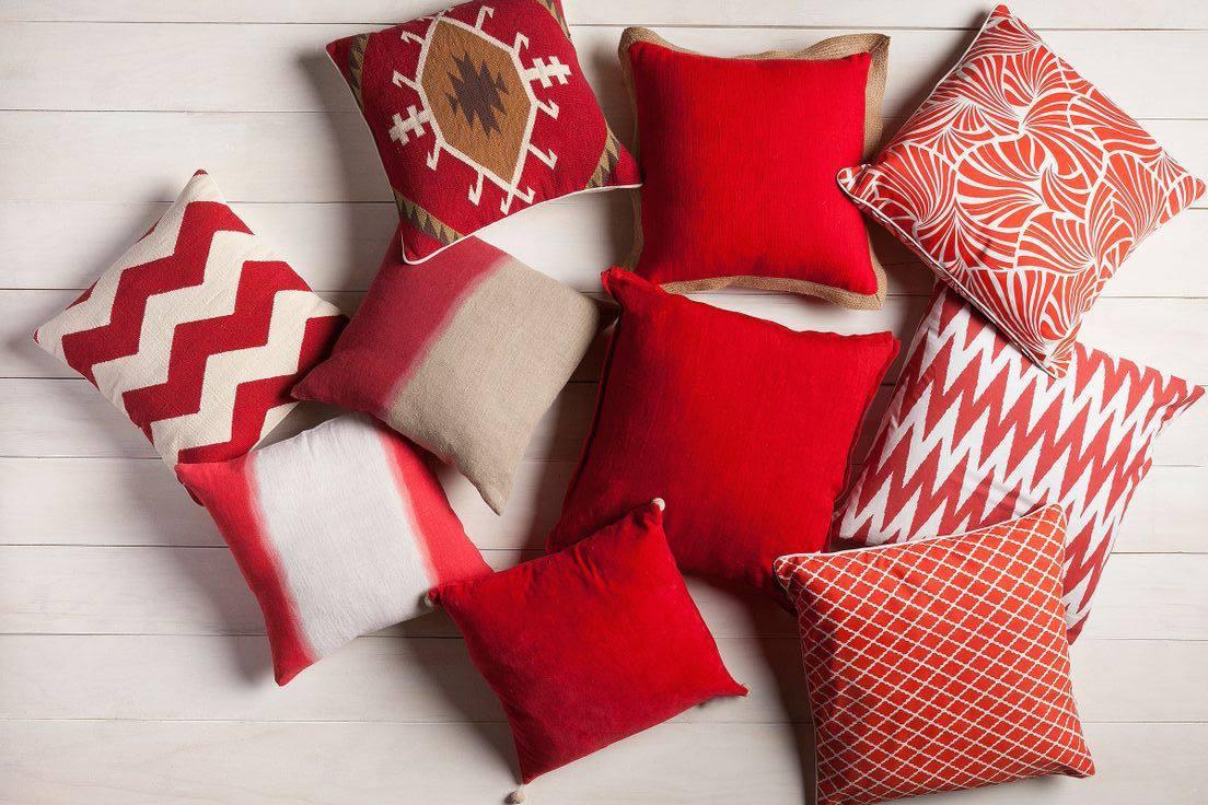 almohadas rojas de feng shui