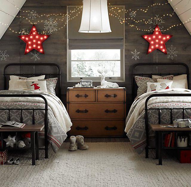 Rustic winter-themed kids bedroom