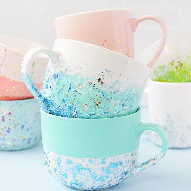 A stack of mugs