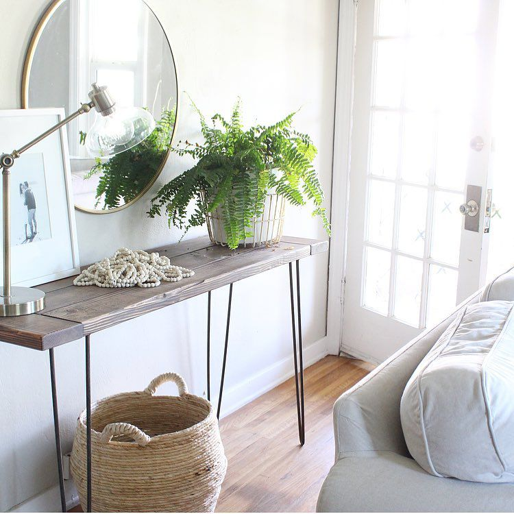 A console table with the metal hairpin legs