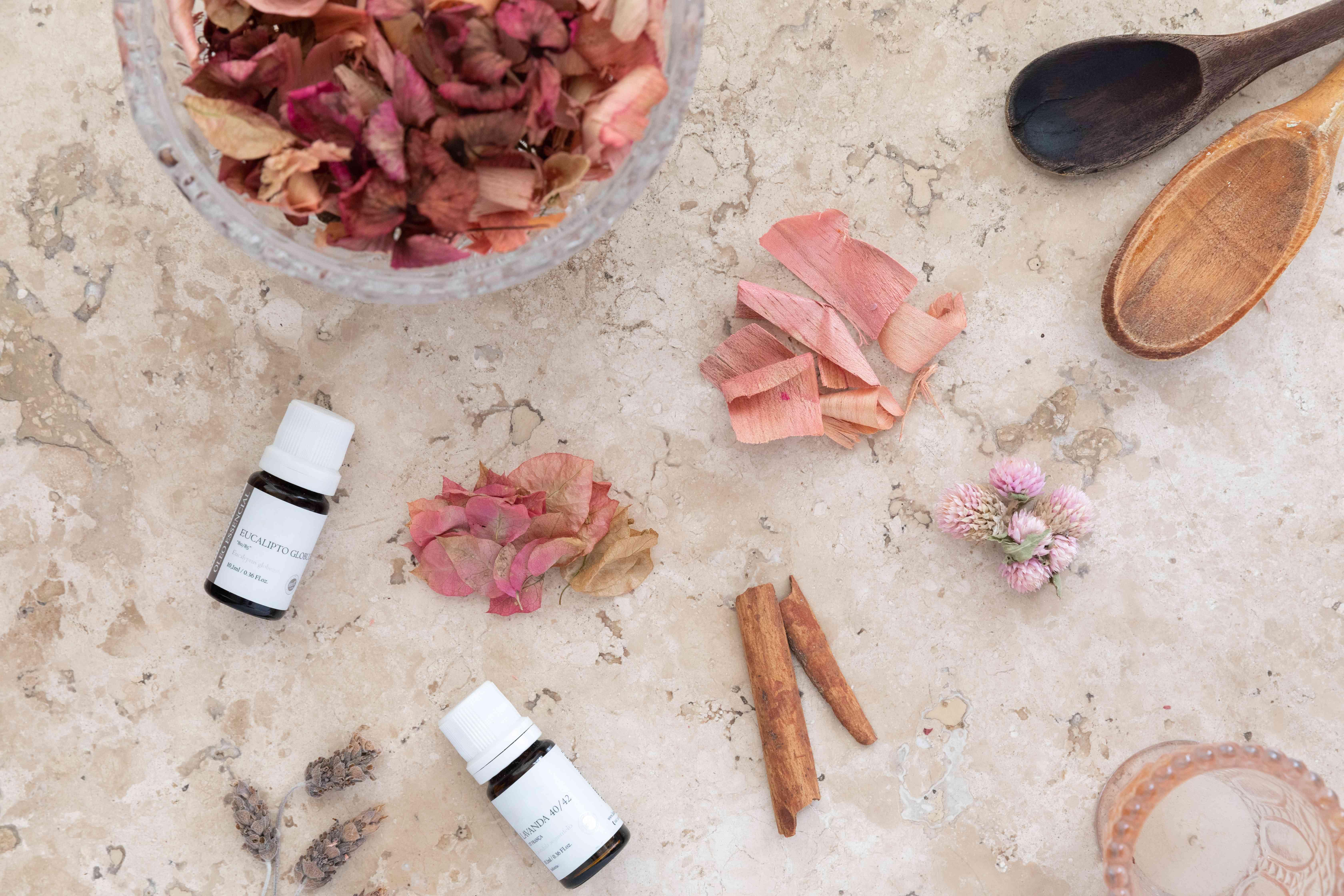 potpourri-making supplies