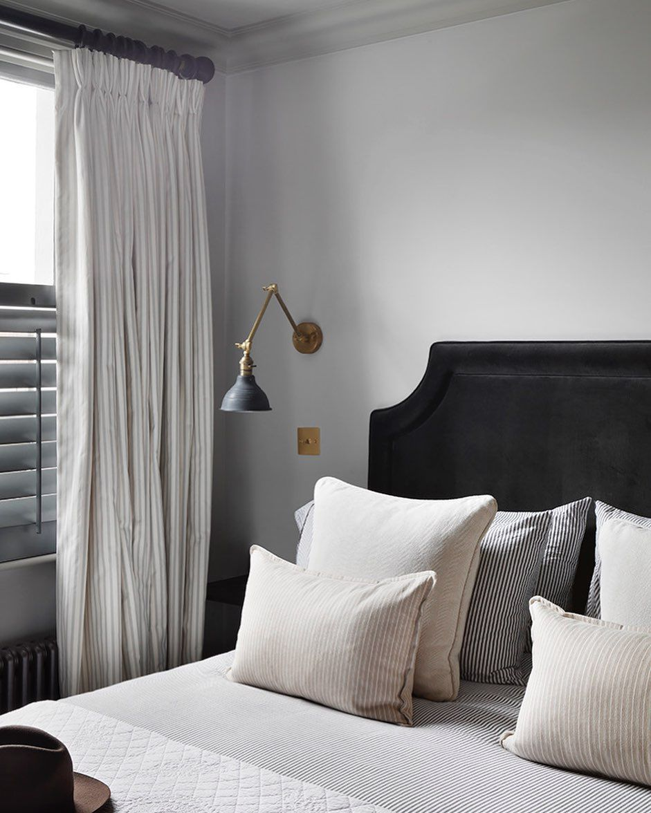 Bedroom with sconce