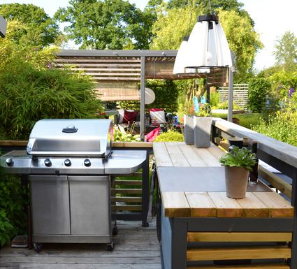 Outdoor Kitchen Pictures and Ideas