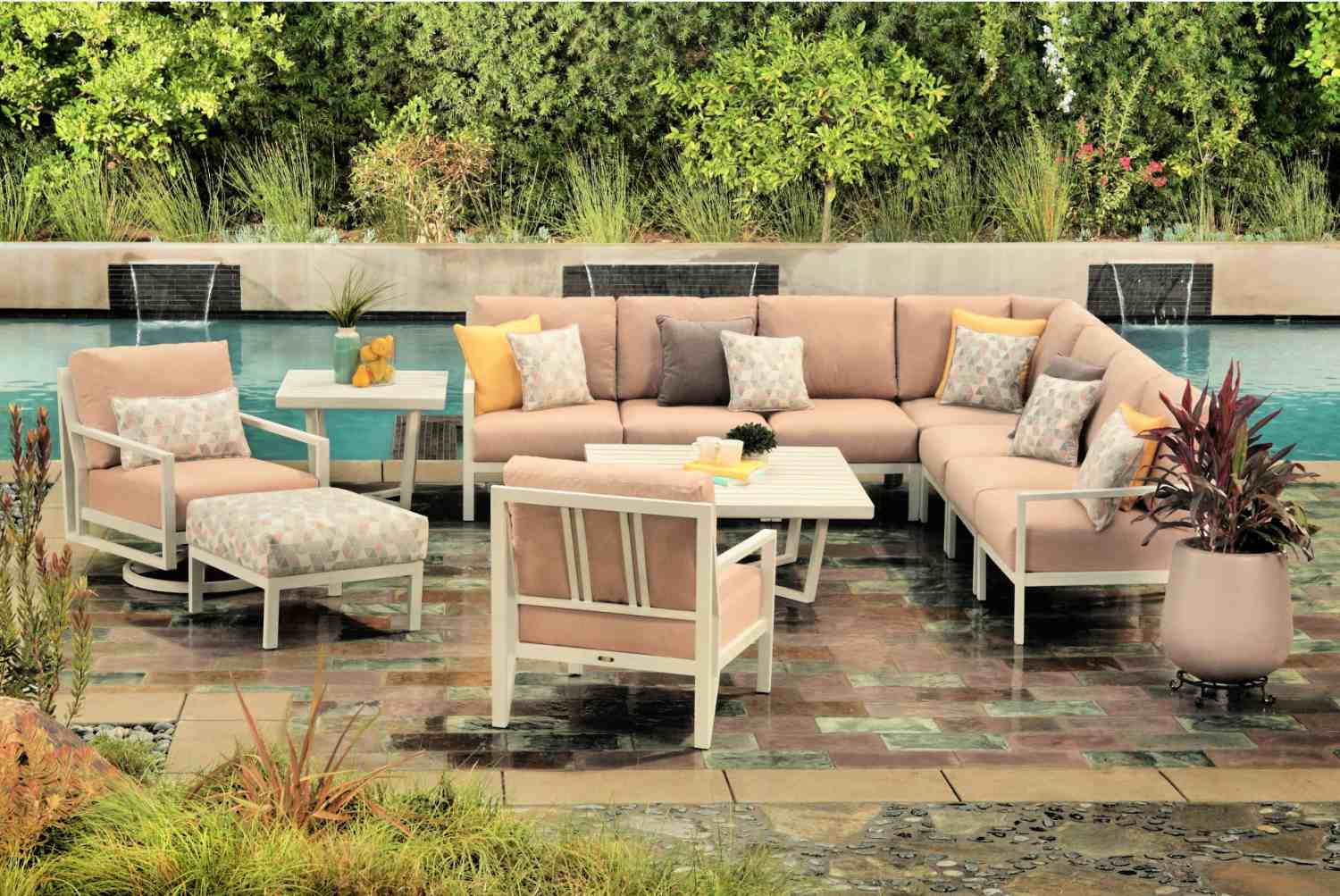 The Top Outdoor Patio Furniture Brands