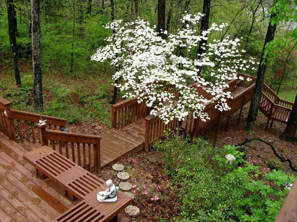Multilevel wood deck Mississippi