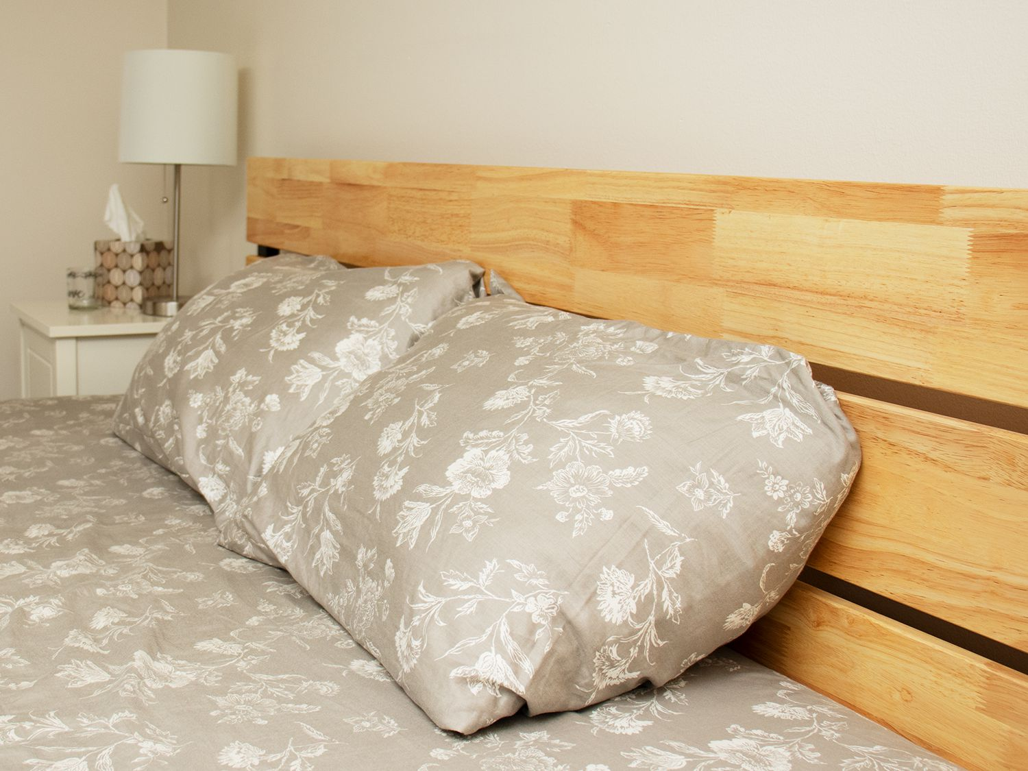 Zinus Paul Metal And Wood Platform Bed Review Charming And Durable