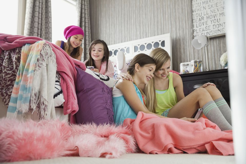 Girls playing sleepover games