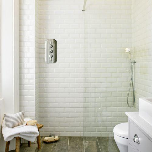 Wood floor with porcelain tiles